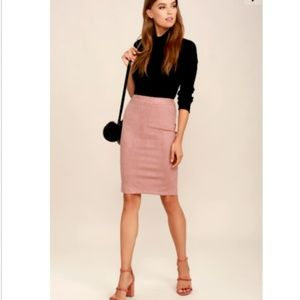 Lulu's Suede Pencil Skirt In Blush Pink